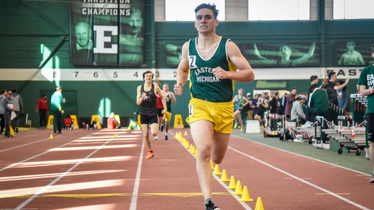 Men's Track and Field Concludes First Day of SVSU Holiday